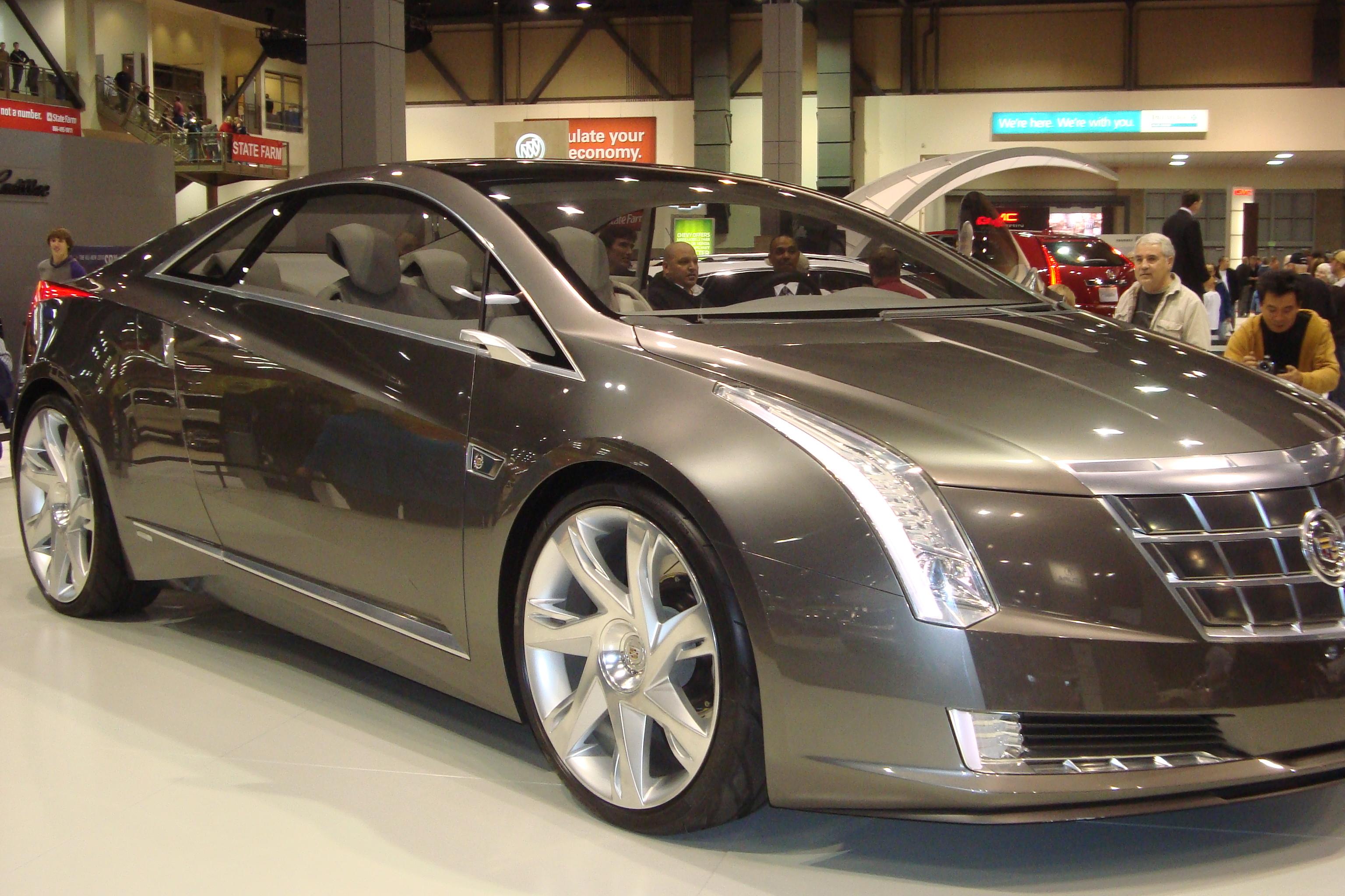 Show Cadillac Converj 3